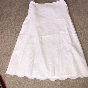Dresses & Skirts - White ⚪️linen/cotton embroidered skirt
